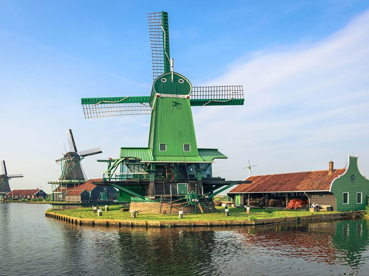 Zaanse-Schans-3kb-989560a2 guidor - Home